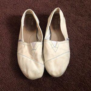 Toms white/ beige slip-on